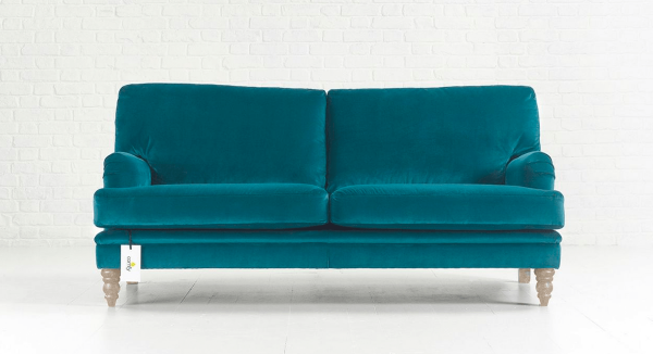 Distinctive Chesterfields Betty Sofa